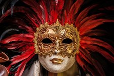 venetian-mask-1283163_640.jpg